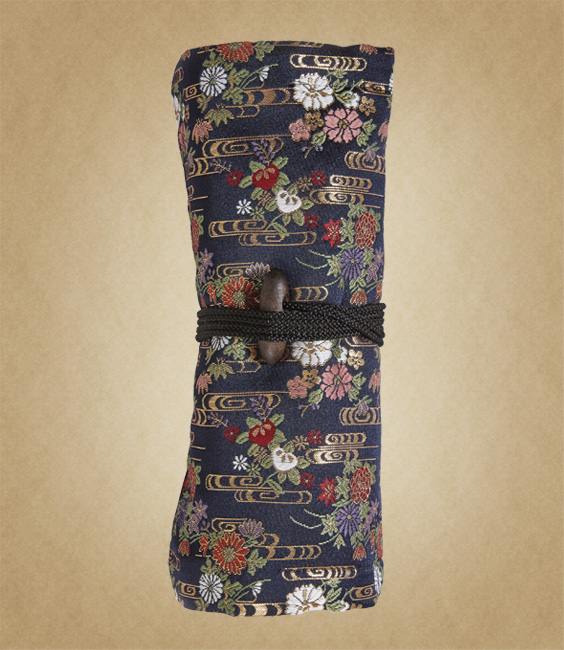 kimono pen roll Thumbnail